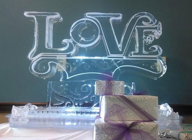 love ice sculpture 2014