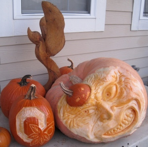 Pumpkin Door Step Display