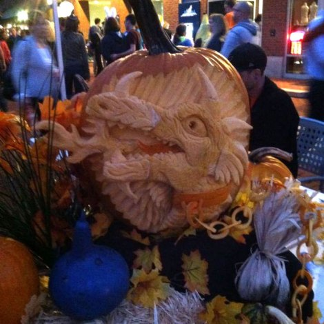 Pumpkin-Carving-3D-Fire-Breathing-Dragon