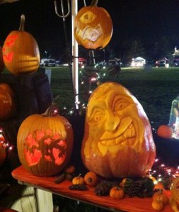 Pumpkin-Carving-Display-at-Night