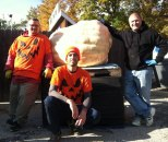 Pumpkin-Uncarved-with-Carvers