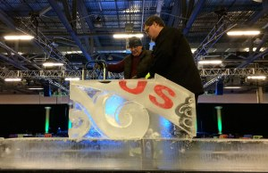 NHL-All-Star-Weekend-Ice-Sculpture-Arch-beginning