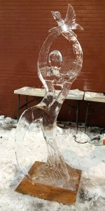 Peace-and-Love-Ice-Sculpture-Competition
