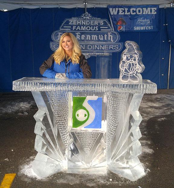 Ice-Sculpture-News-Desk-Zehnder's-Snowfest