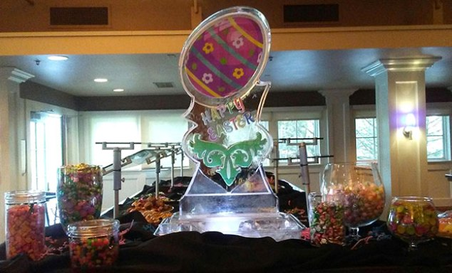 Easter-Ice-Sculpture-Happy-Easter-Colored-Egg-Display