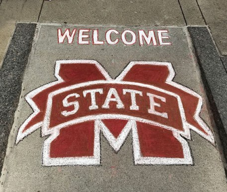 Chalk-Drawing-Mississippi-State-Logo